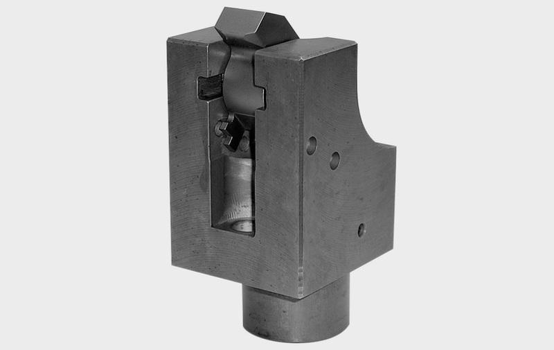 Gruppo B 1.8242 - Staffa ad articolazione scorrevole ROEMHELD (B 1.8242 – Edizione 02-2007) – Camar S.p.A