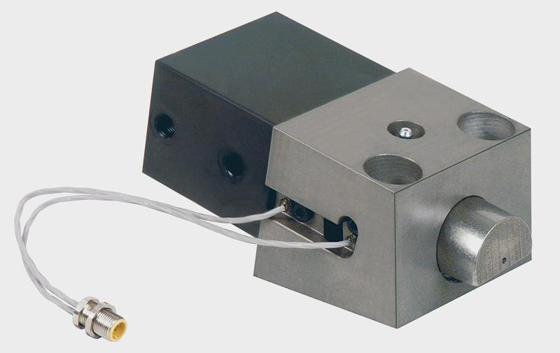 Gruppo WZ22451 - Elemento a cuneo per bordo diritto - Tipo A (forza assiale) - Camar S.p.A.