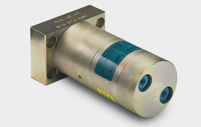 Gruppo HC3D - Moltiplicatore olio-olio HC3D - Connessioni tutte su un solo lato - Camar S.p.A.