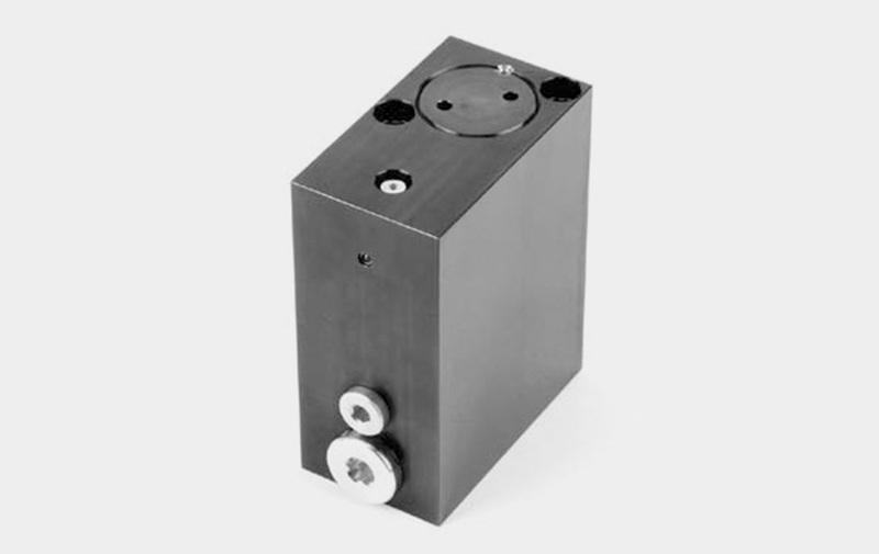 Gruppo D 8.751 - Moltiplicatore di pressione olio-olio MINI - Camar S.p.A.