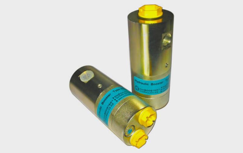 Gruppo HC7-U - Moltiplicatore olio-olio HC7-U - Pressioni fino a 2000 bar - Per cilindri con molla di ritorno debole - Camar S.p.A.
